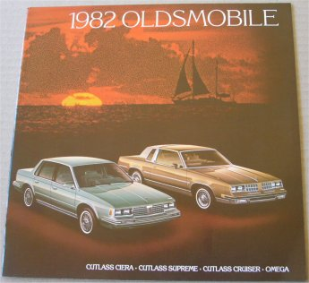 OLDSMOBILE 1982 SALES BROCHURE CUTLASS OMEGA