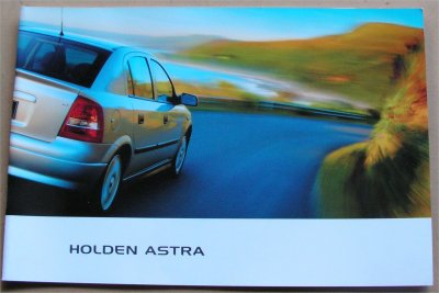HOLDEN ASTRA 2001 2002 SALES BROCHURE