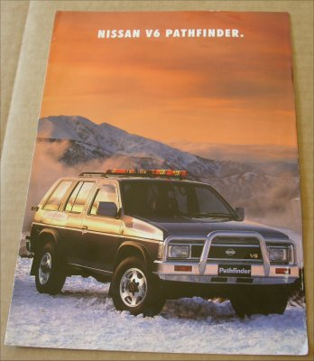 NISSAN PATHFINDER 1993 1994  SALES BROCHURE