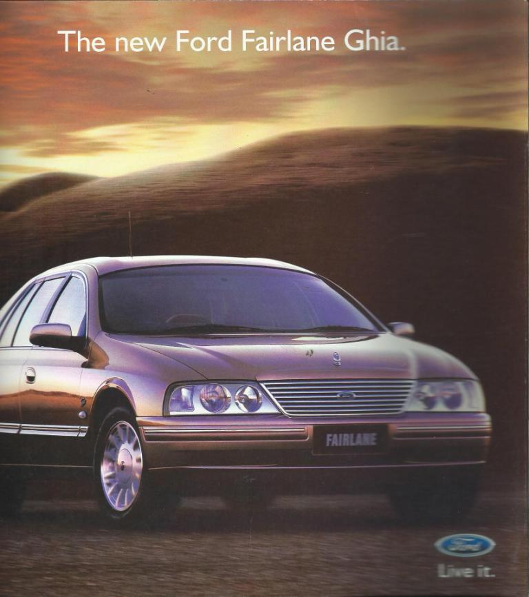 AU FAIRLANE 1999 GHIA 302  VCT 22PAGE NOS NEW BROCHURE
